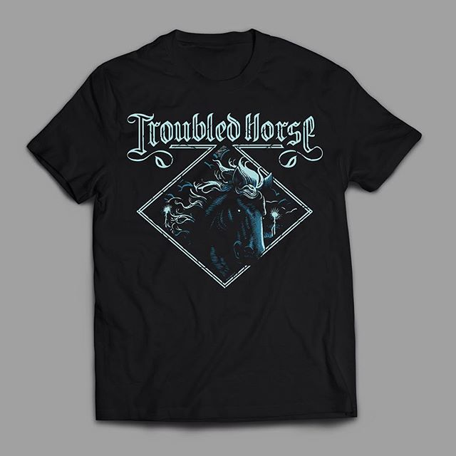 They have toured Italy this week along with @graveyardmusic so #throwbackthursday to 2012 when i designed this self-titled Tee for swedish rockers @troubledhorse . Super fun job to do, eventually it went to grace also the kick's skin of their drumset for a while. #tbt 🎸🏇⚡️